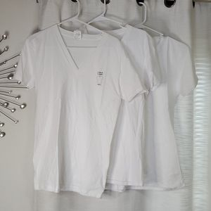 NEW Lot of 3 Plain White Vneck T-shirts Size Small